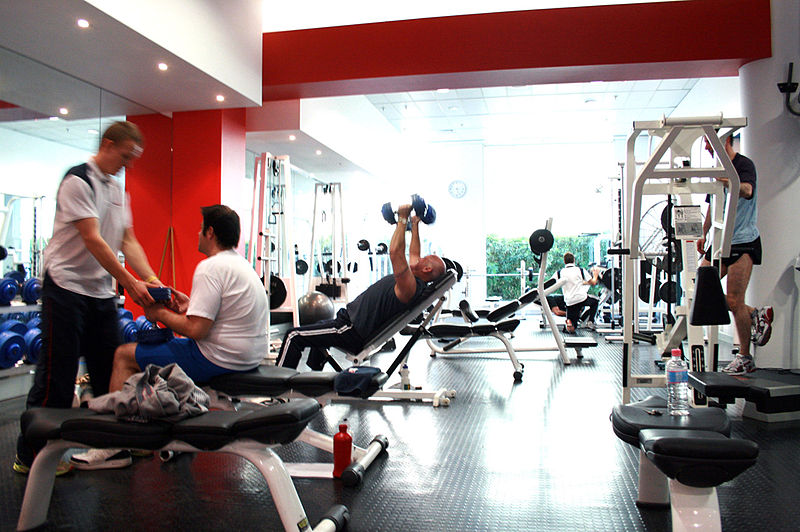 800px-Gym_Free-weights_Area.jpg?fit=800%2C532&ssl=1