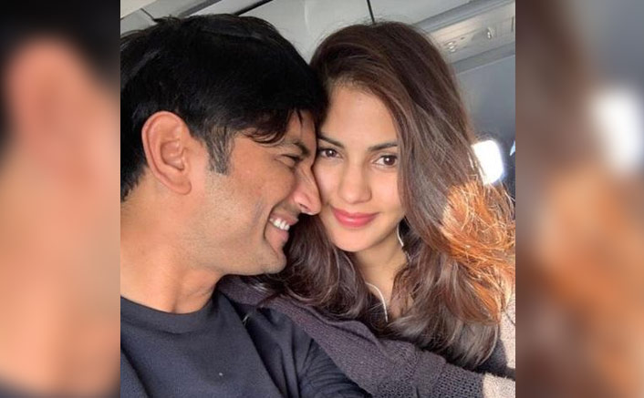 Sushant Singh Rajput Allegedly Signalled Family About Rhea Chakraborty Blackmailing & Scheming To Put Him In Mental Hospital