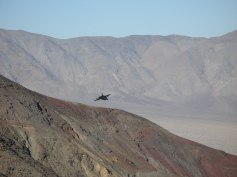 Kampfjet im Death Valley