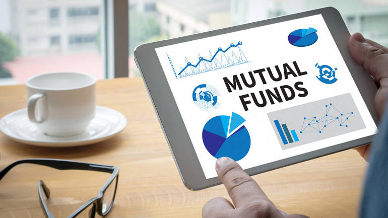 How should an individual build the right mutual fund portfolio -  Moneycontrol.com