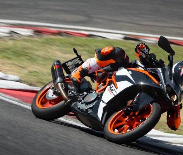 Ktm Rc 390 Spied Testing Gets Larger Fairing Along With Reworked Tank