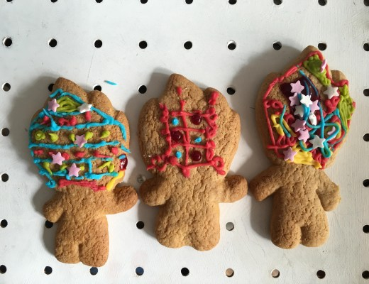 Trolls gingerbread biscuits