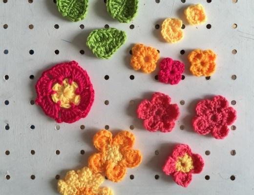 Mollie Makes crochet flower garland