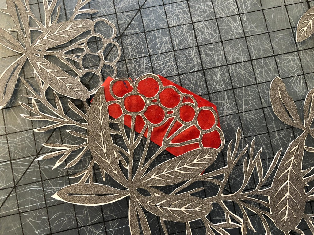 adding colour to papercuts