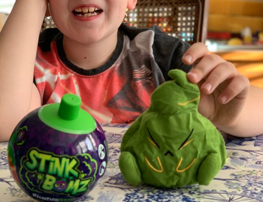New Series 1 Stink Bomz unboxing