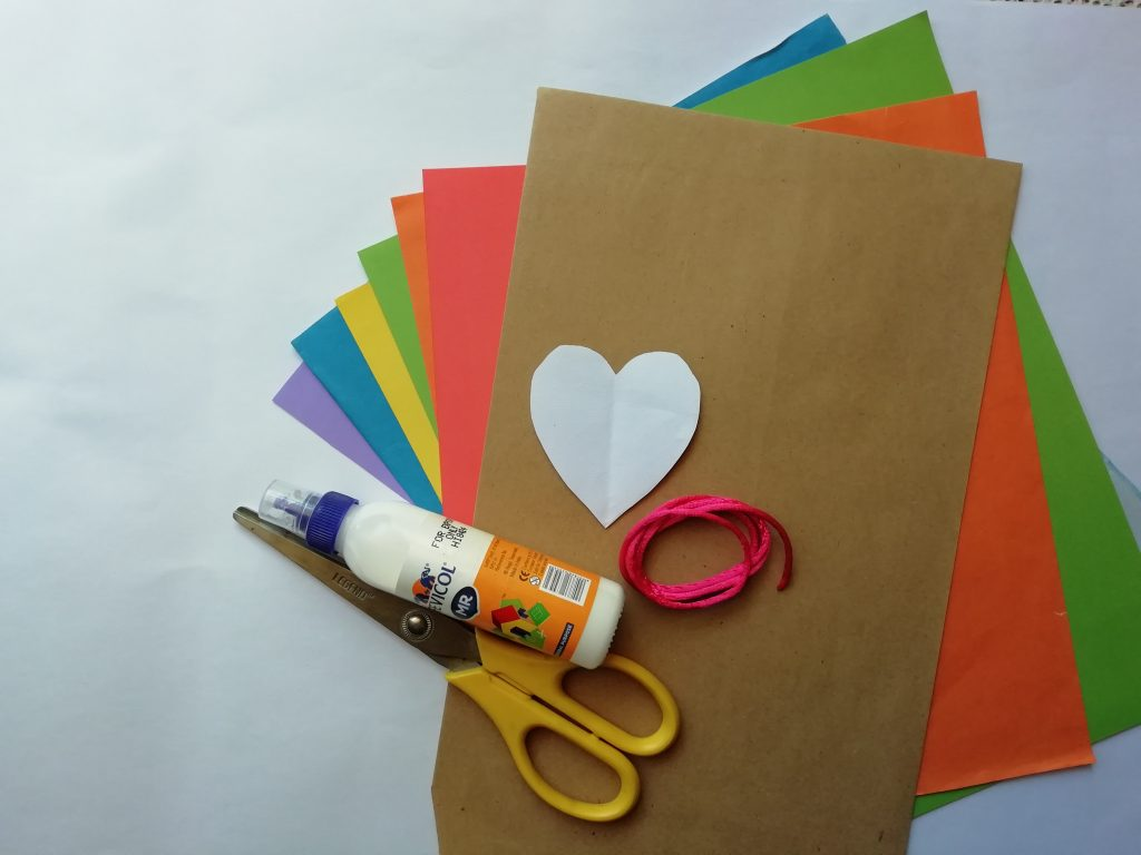 DIY Valentine's Day gift bag with paper weave detail