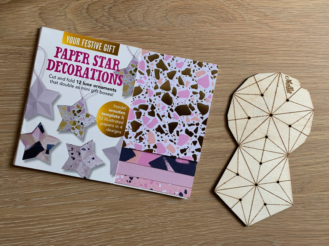 Crafting pretty paper stars