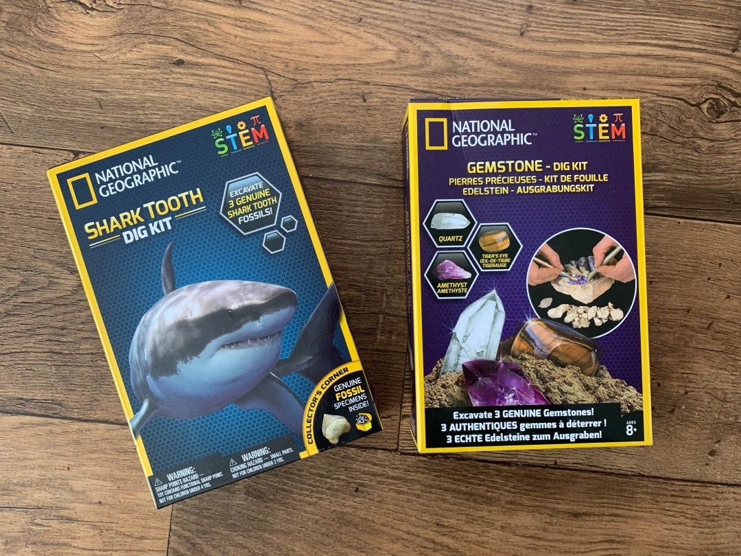 National Geographic™ Kits