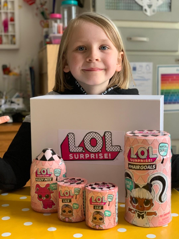 unboxing L.O.L. Surprise! toys