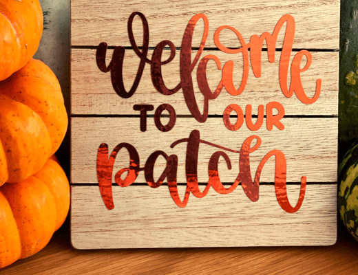 How to craft a pumpkin patch sign