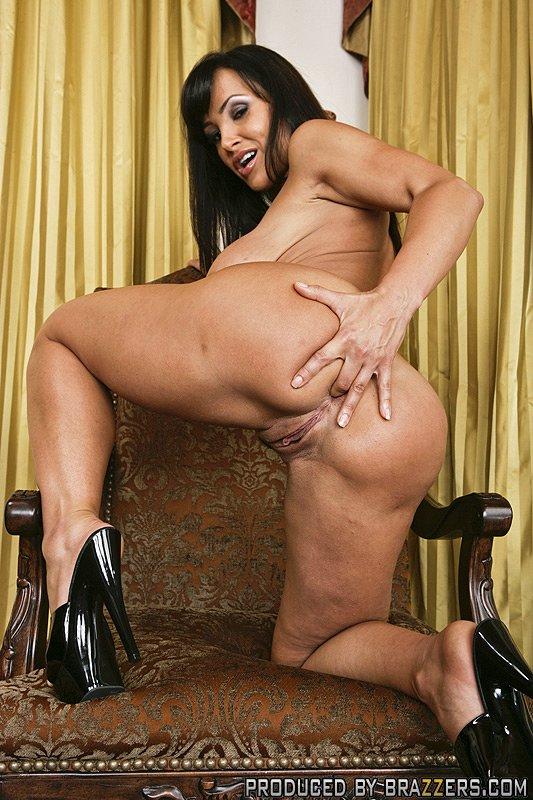 Slut Top Pornstar Lisa Ann Scott Nails