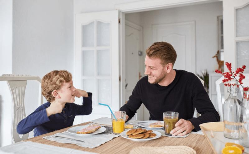 Maak zijn favoriete eten voor het ontbijt