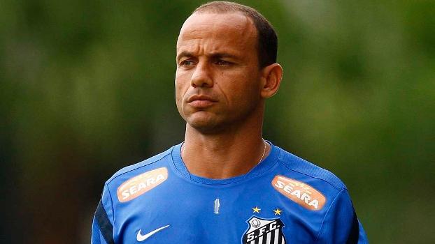 Santos prepara despedida do ex-lateral Léo em grande estilo. Veja ...