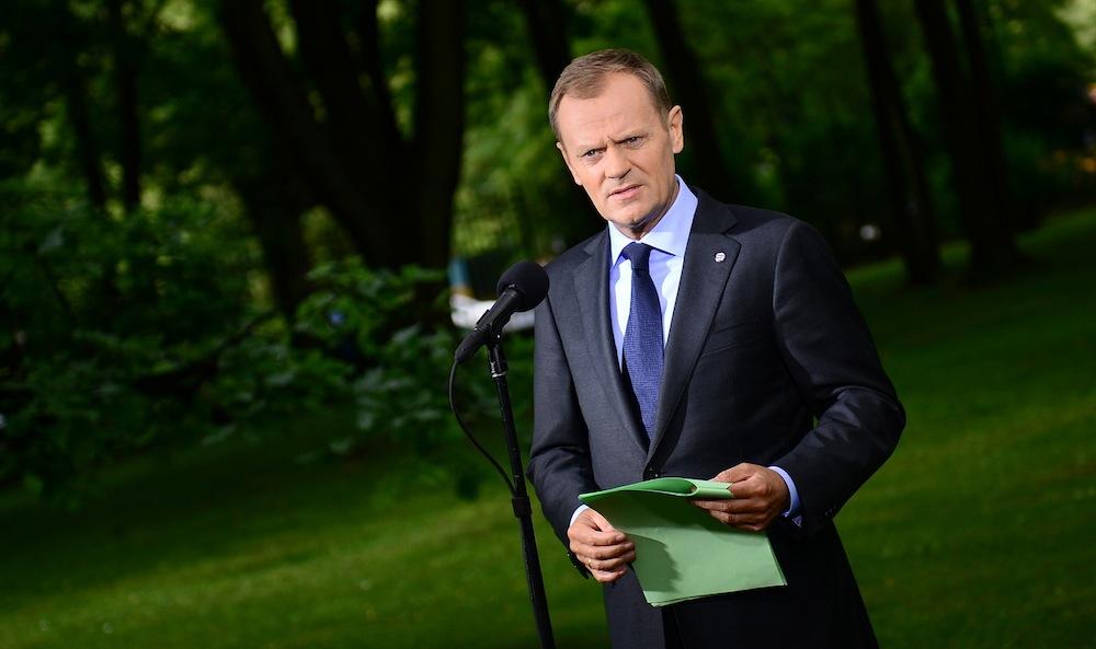 Donald Tusk w ogrodzie KPRM
