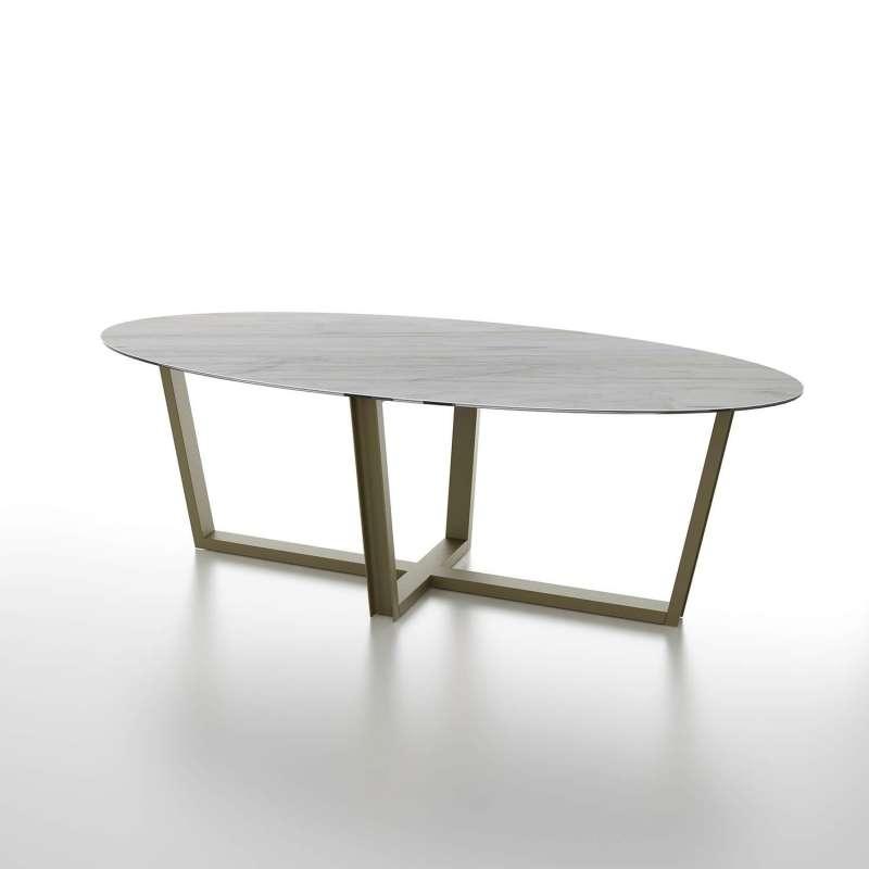 table design ovale plateau en ceramique et pieds en metal viktor