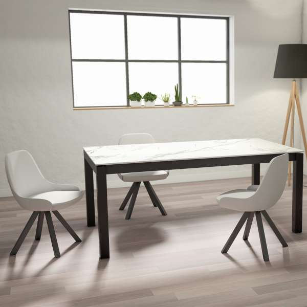 table en dekton rectangulaire extensible avec pieds en metal lakera