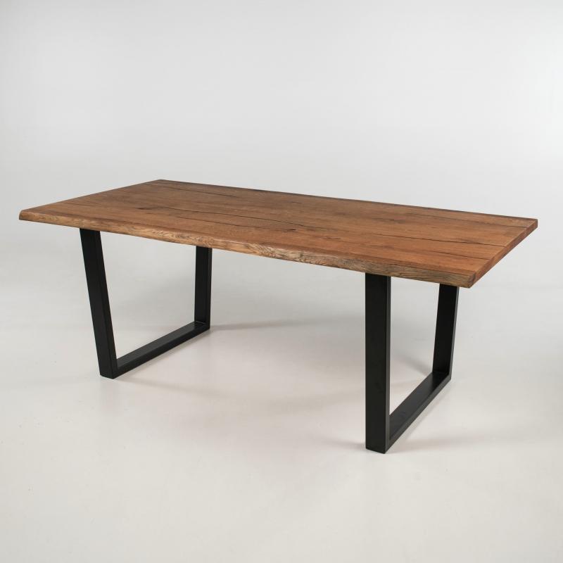 table industrielle rectangulaire en bois avec pieds traineau planete