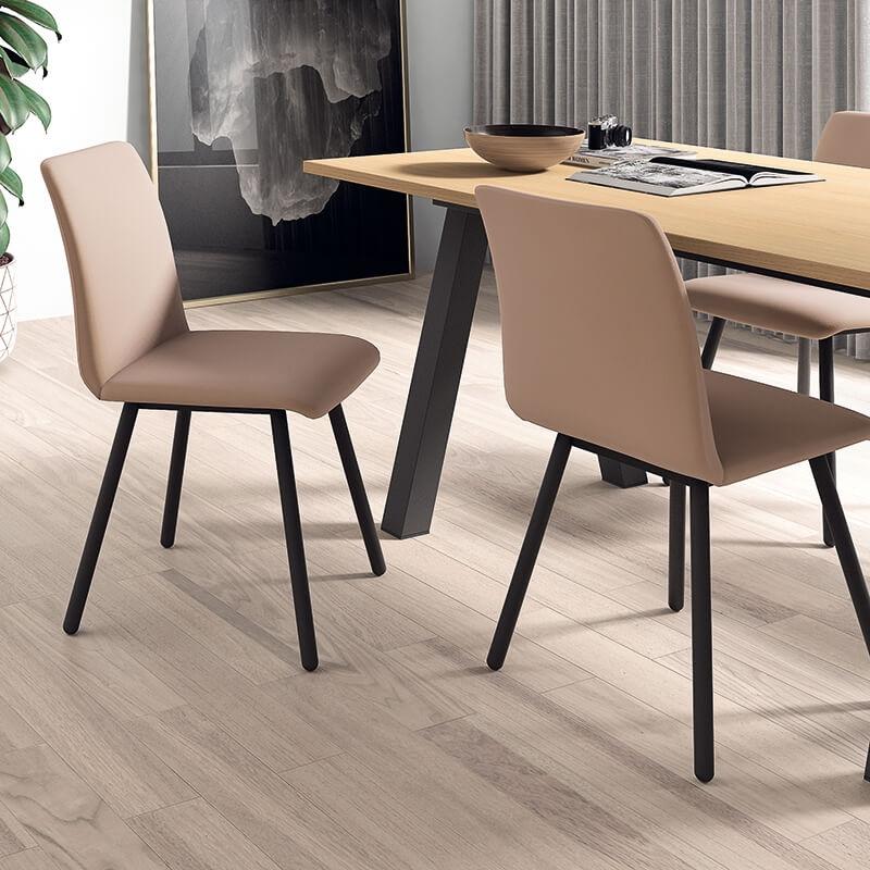 chaise de salle a manger moderne en metal et synthetique pisa