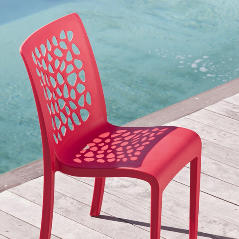 chaise de jardin empilable en polypropylene made in france tulipe grosfillex