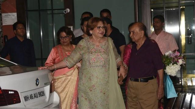 बर्मा छोड़कर भारत आईं Helen देखते ही देखते ऐसे बन गईं Salman Khan के परिवार का अटूट हिस्सा