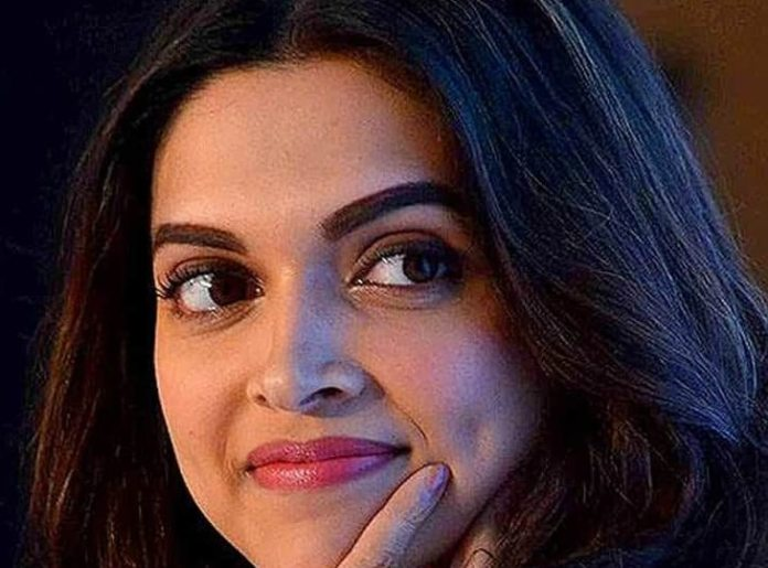 Deepika Padukone went out to buy groceries, trolls asked - Do you know the price of tomatoes?