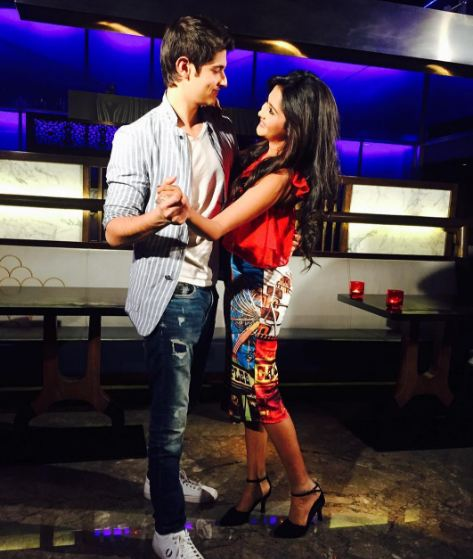 Rohan Mehra and Kanchi Singh who were cousins onscreen met on the sets of popular show 'Yeh Rishta Kya Kehlata Hai' and fell in love. The duo is now all set to groove to peppy tracks. (PC: Instagram, Rohan Mehra)