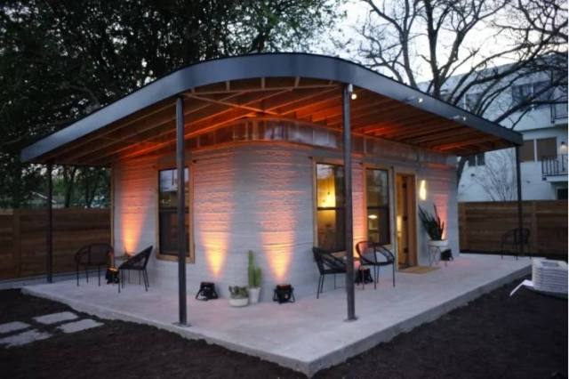 1-House-constructed-by-3D-printer-compressed