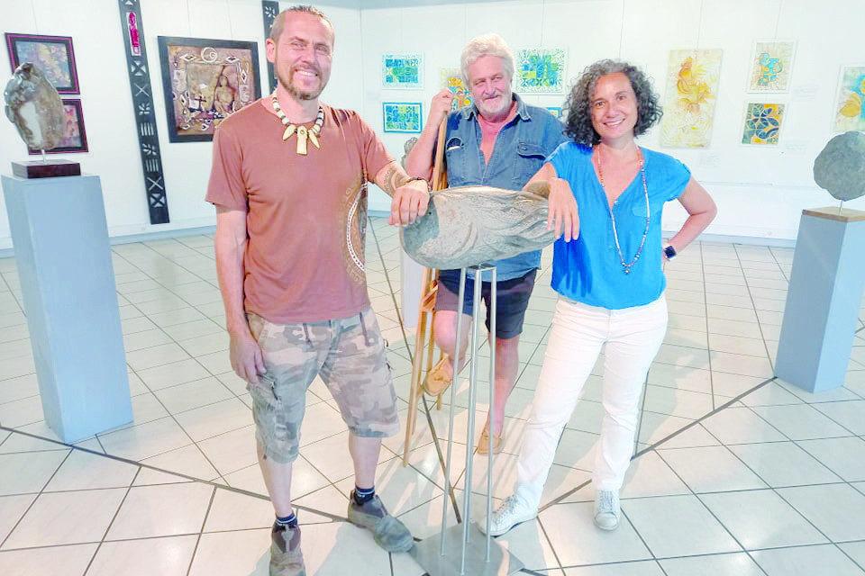 A La Maison De La Culture Les Regards Croises De Trois Artistes La Depeche De Tahiti