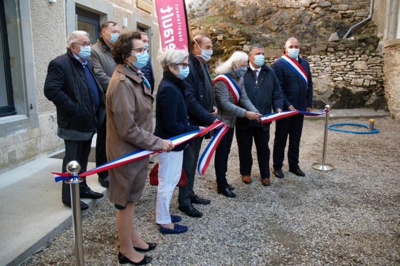 Lors de l'inauguration de la mairie de Cassagnoles le 16 octobre.