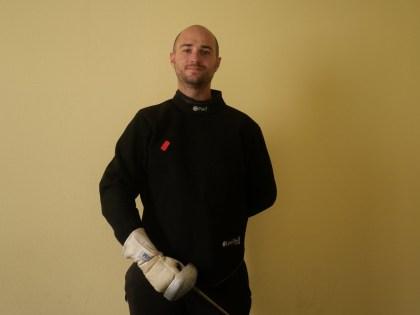 Adam Balse, modern fencing instructor at Réolais fencing academy