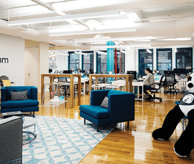 This Hit Destination For Millennial Women Who Want The Best Headlines Resettles In Nycs Flatiron District