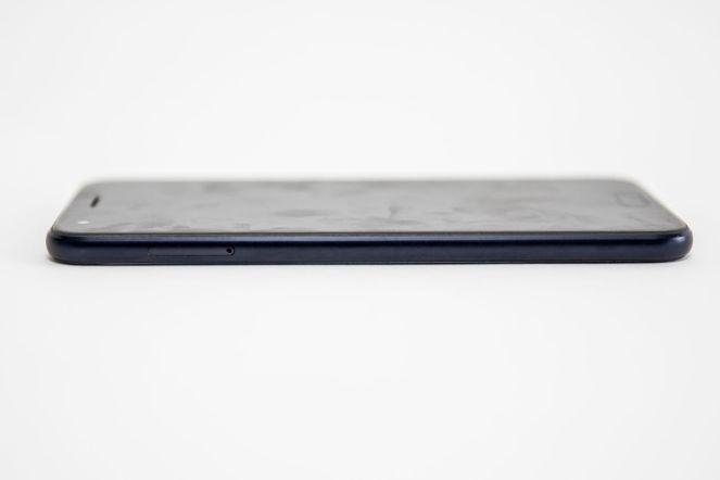 ASUS ZenFone 4 ZE554KL -012