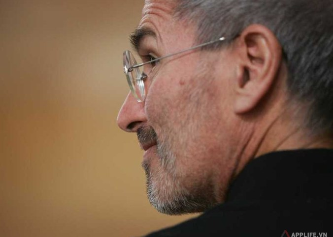 steve-jobs-hinted-at-a-magic-wand-for-the-apple-tv-in-an-email