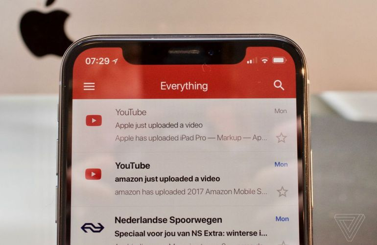 iPhone X Gmail (The Verge)