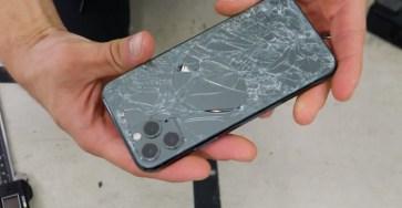 iPhone 11 Pro rơi võ