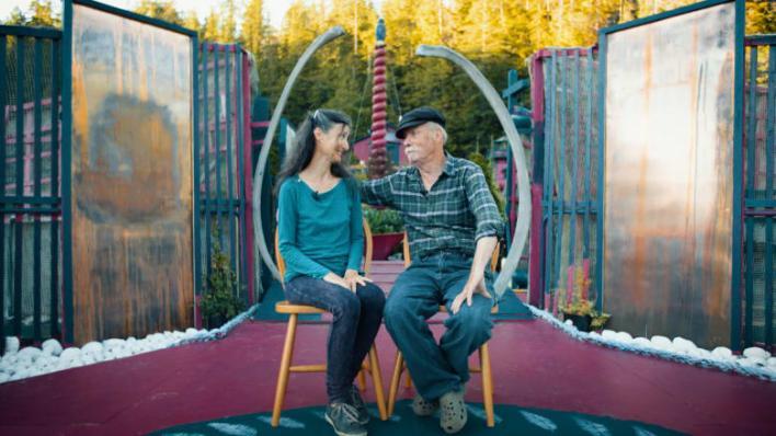 زوجان يعيشان العزلة منذ 29 عاماً