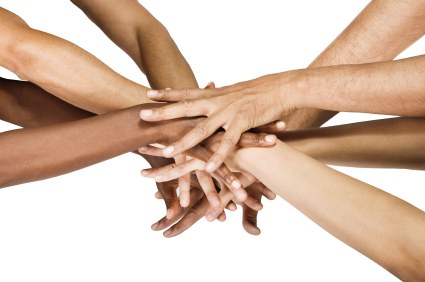 التطوع و مساعدة الآخرين
