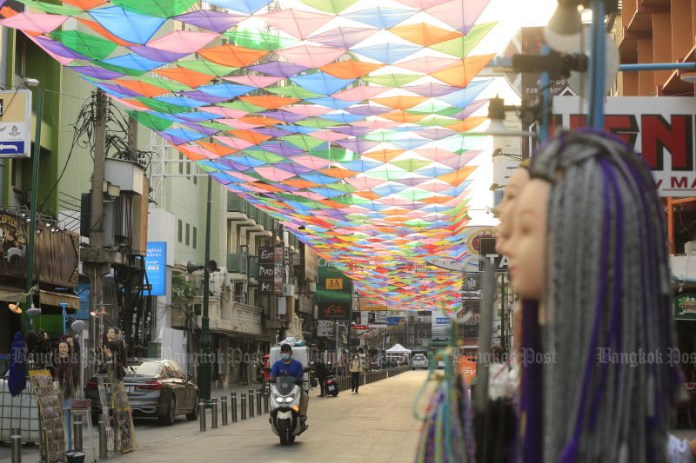 A cloud of kites brightens Khao San Road, part of preparations for the Songkran festival, from Tuesday to Thursday next week. (Photo: Pornprom Satrabhaya)