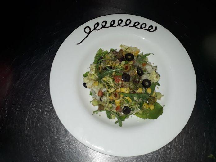 tex mex corn and quinoa salad