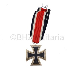 Iron Cross 2nd Class on Ribbon - Arbeitsgemeinschaft der Hanauer Plakettenhersteller