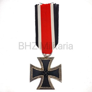 Iron Cross Walter & Henlein Gablonz 109