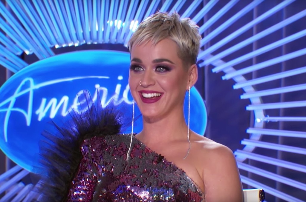 The Best Memes From Katy Perry S Wig Comment On American Idol