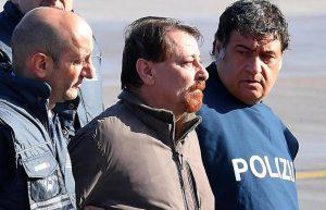 """Cesare Battisti non andrà a Rebibbia ma a Oristano """"per ragioni di sicurezza"""""""