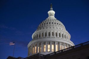 Usa, shutdown senza fine: è il più lungo della storia. 800mila dipendenti pubblici senza stipendio