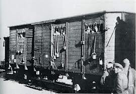 wagon de déportation.jpg