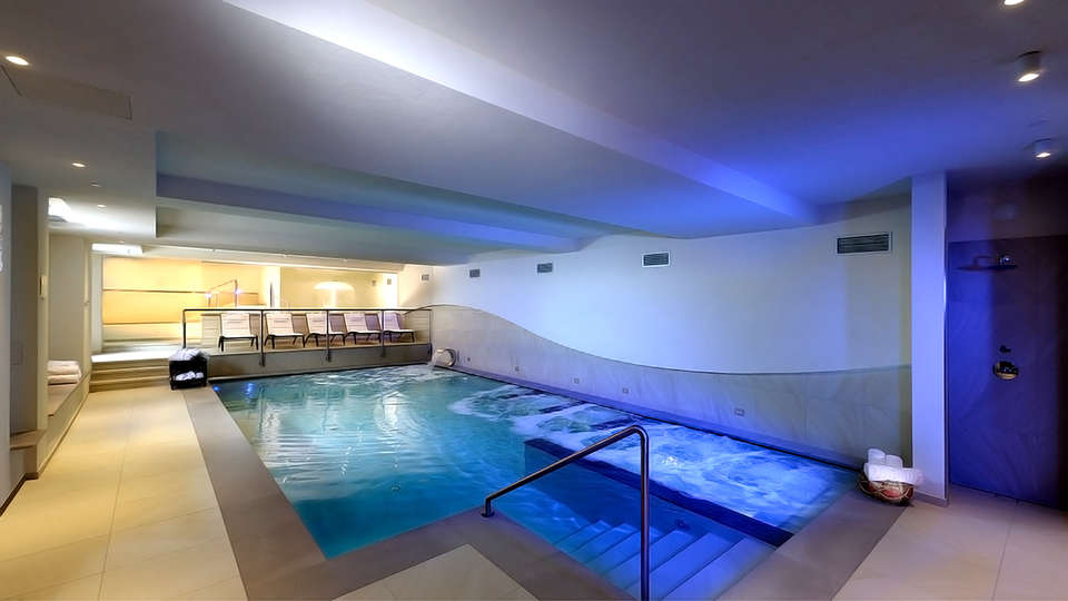 Hotel Sporting Ravelli - Edit_Spa.jpg