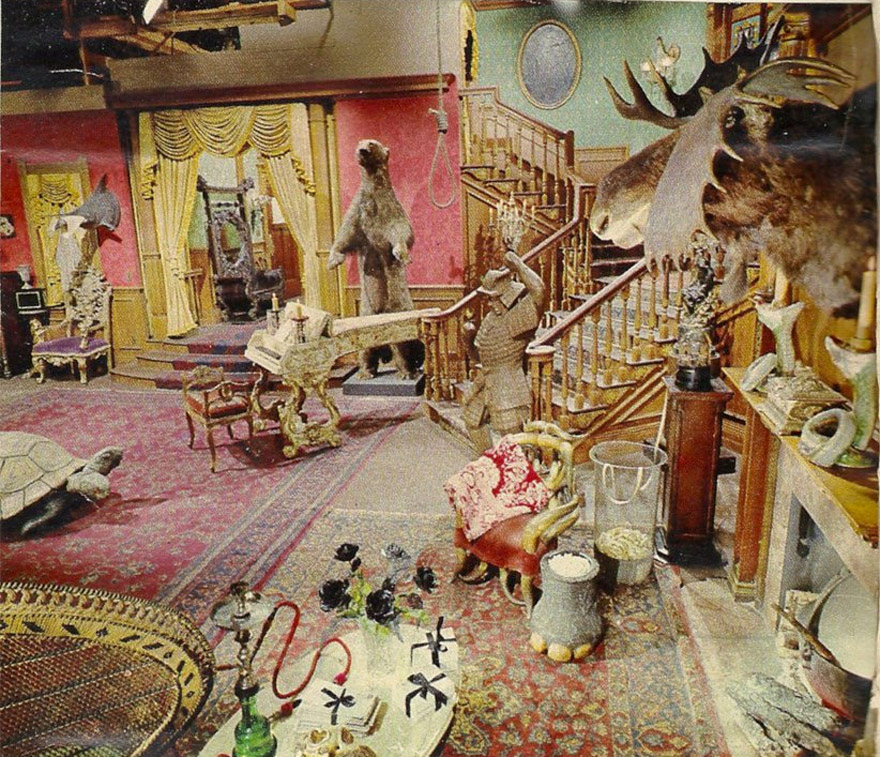 The Addams Family S Living Room Was Actually Pink Bored