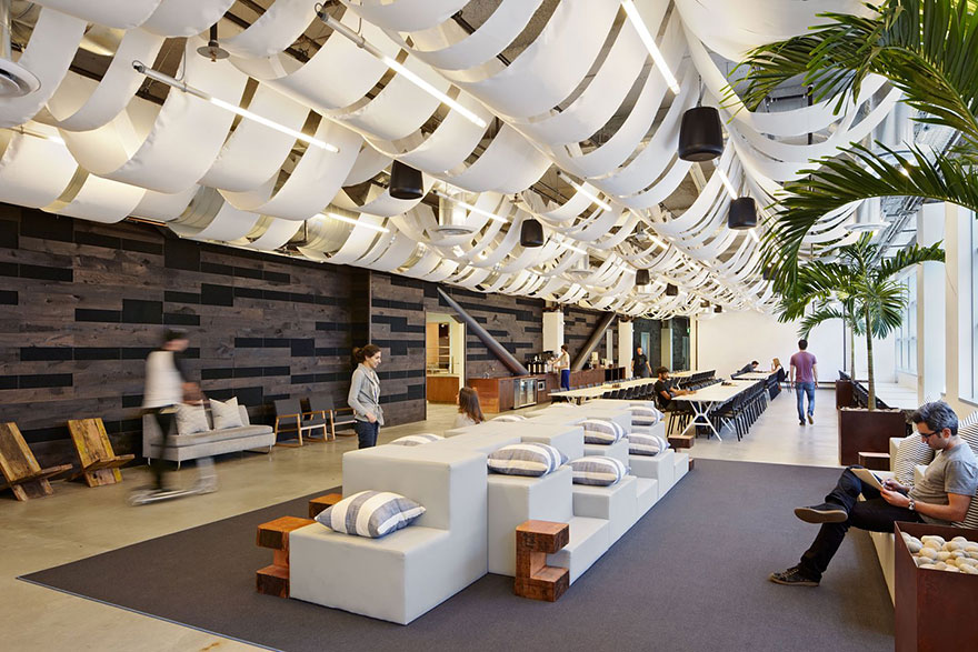 amazing-creative-workspaces-office-spaces-2-1