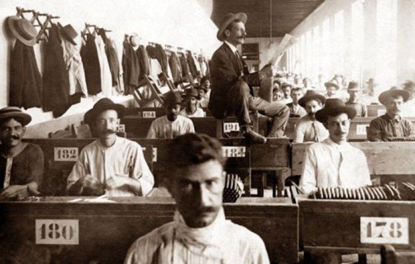 extinct vintage jobs 7 2 - Trabalhos de antigamente que não existem mais