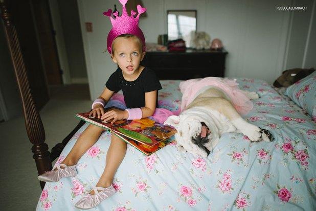 girl-english-bulldog-friendship-photography-lola-harper-rebecca-leimbach-3